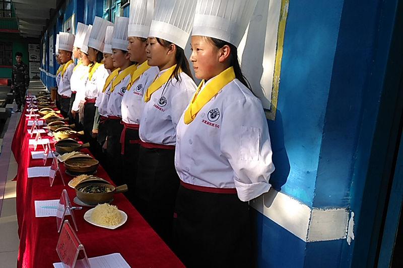 18级军需厨师班实操风采