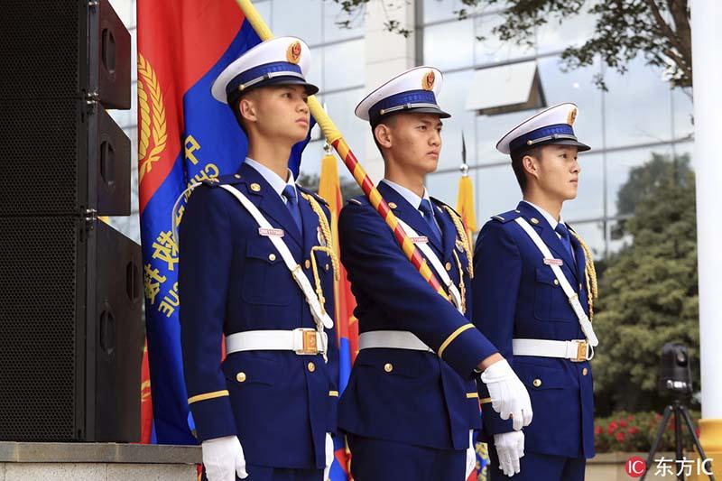 你好,火焰蓝!云南省消防总队举行授旗授衔和换装仪式